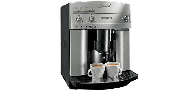 De'Longhi Super ESAM3300 Automatic Magnifica Espresso Machine