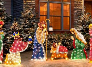 Outdoor Lighted Nativity Scenes